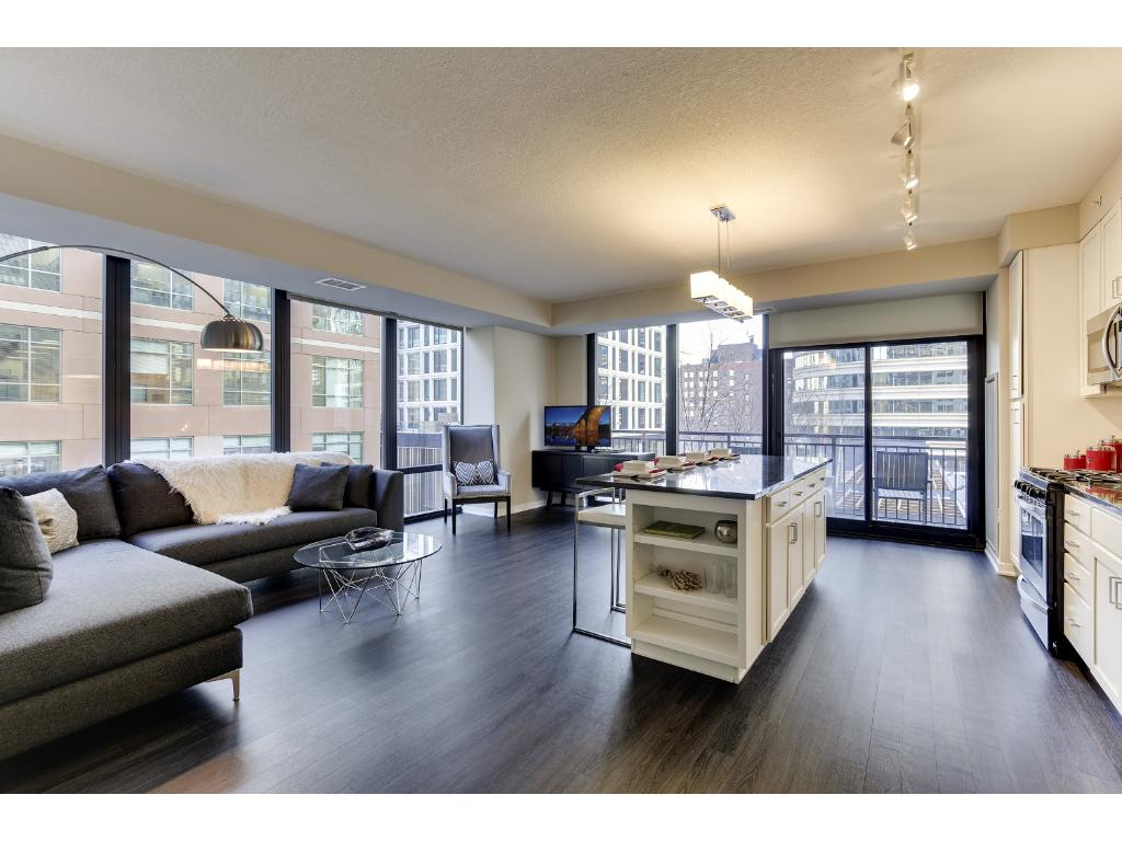 Photo of 465 Nicollet Mall  Minneapolis  MN