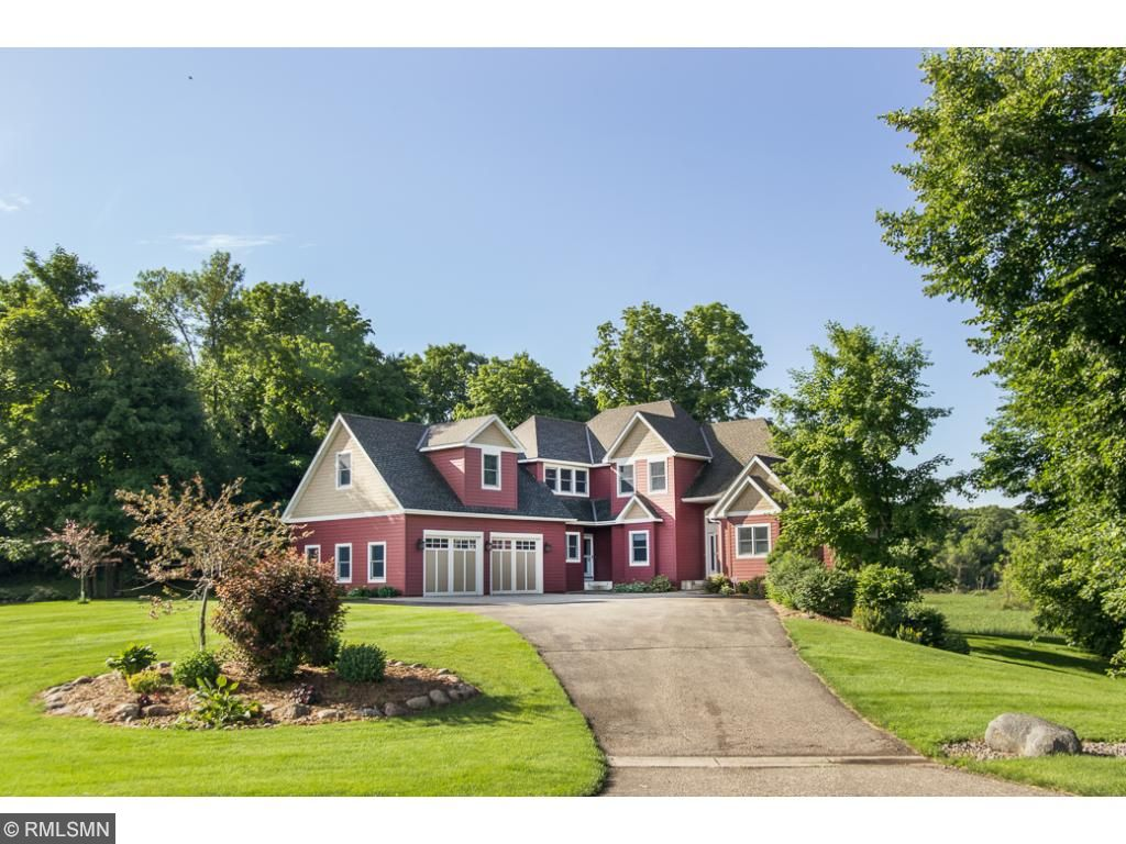 8739 County Road 39 Nw Annandale, MN 55302