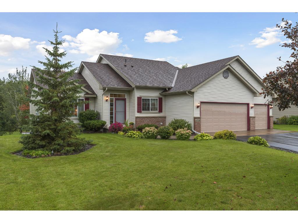 Photo of 11718 N Meadow Curve  Lindstrom  MN