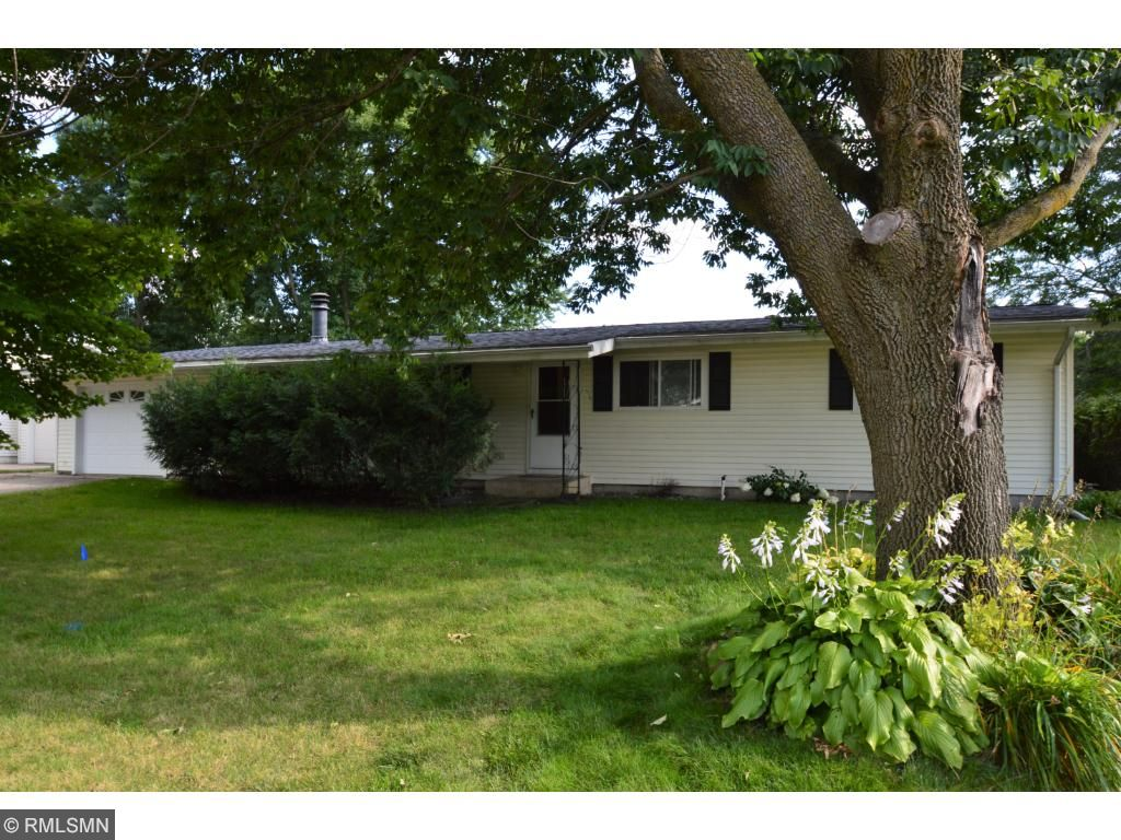 Photo of 521 10th Avenue NW  Waseca  MN