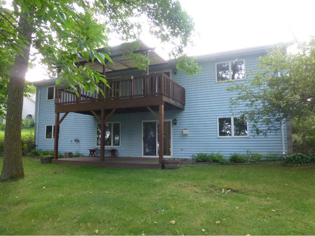 Photo of 207 Lakeview Court  Elysian  MN