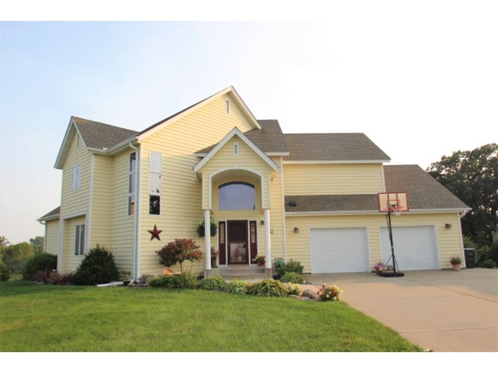 Photo of 310 Golfview Drive  Albany  MN