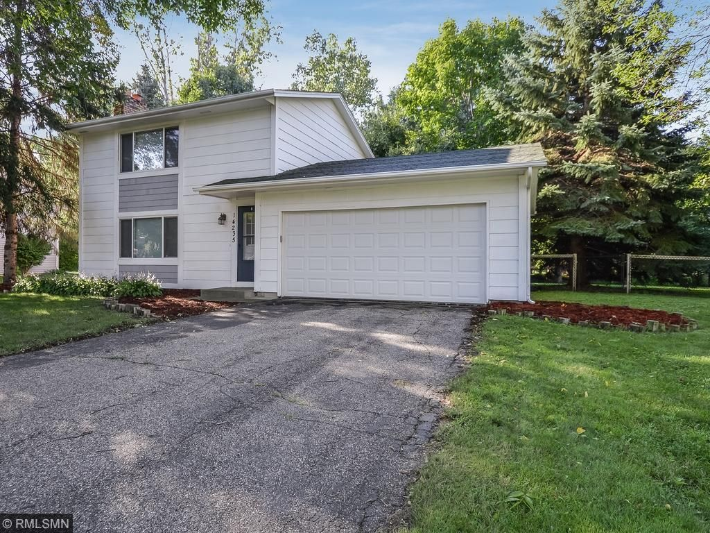 Photo of 14235 39th Avenue N  Plymouth  MN