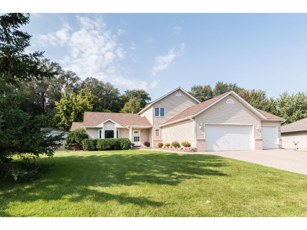 Photo of 6365 Bailey Trail  Inver Grove Heights  MN