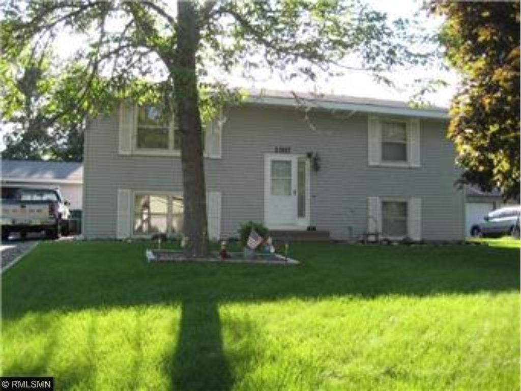13117 Saratoga Lane N, Champlin, Minnesota