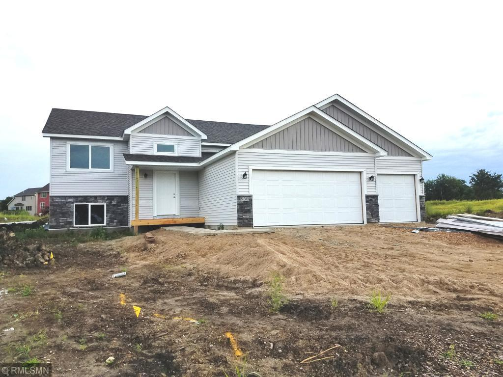 960 Lakewood Trail Norwood Young America, MN 55397