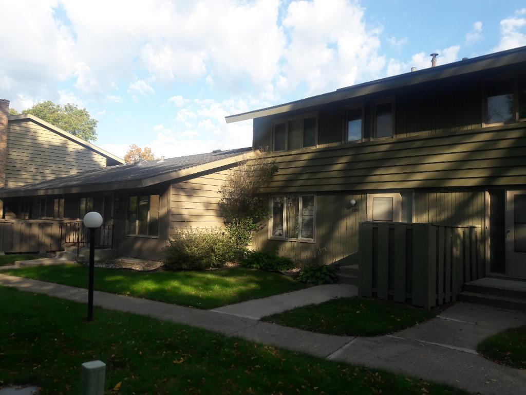 Photo of 139 Windsor Court  New Brighton  MN