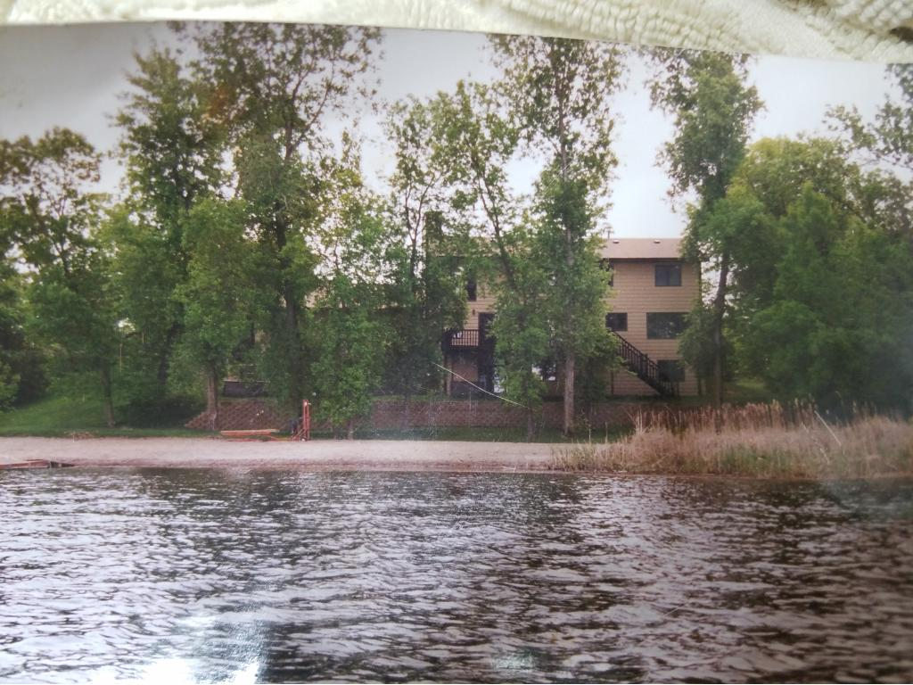 14536 Round Lake Boulevard Nw Andover, MN 55304