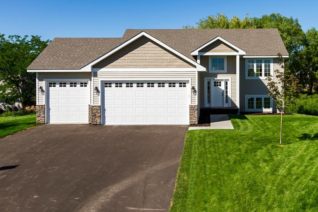 1304 Drake Cove Mayer, MN 55360