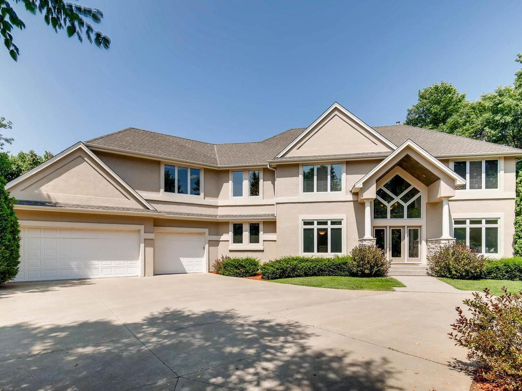 4158 Lakeridge Road, Chanhassen, Minnesota