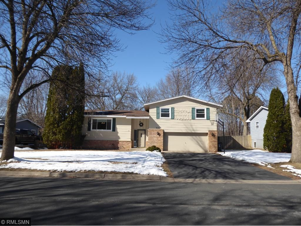 605 Lower Heritage Way, Farmington, Minnesota