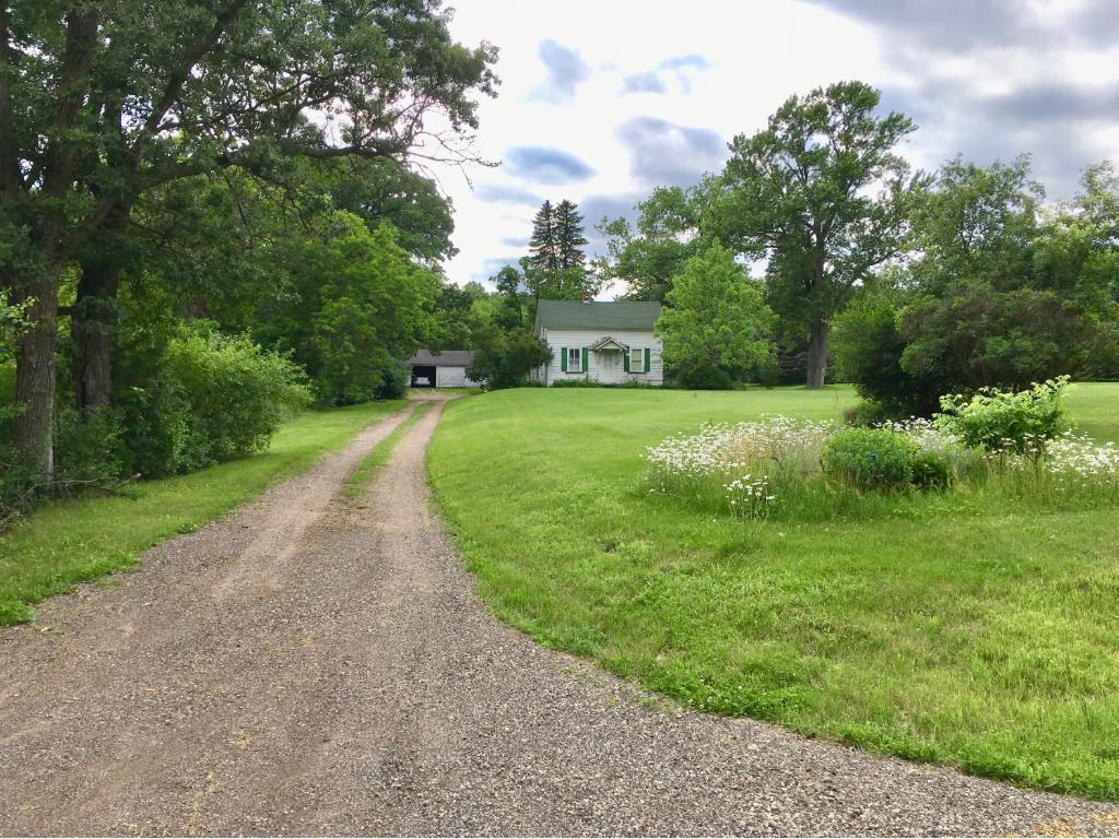 2626 Stagecoach Trail S Afton, MN 55001