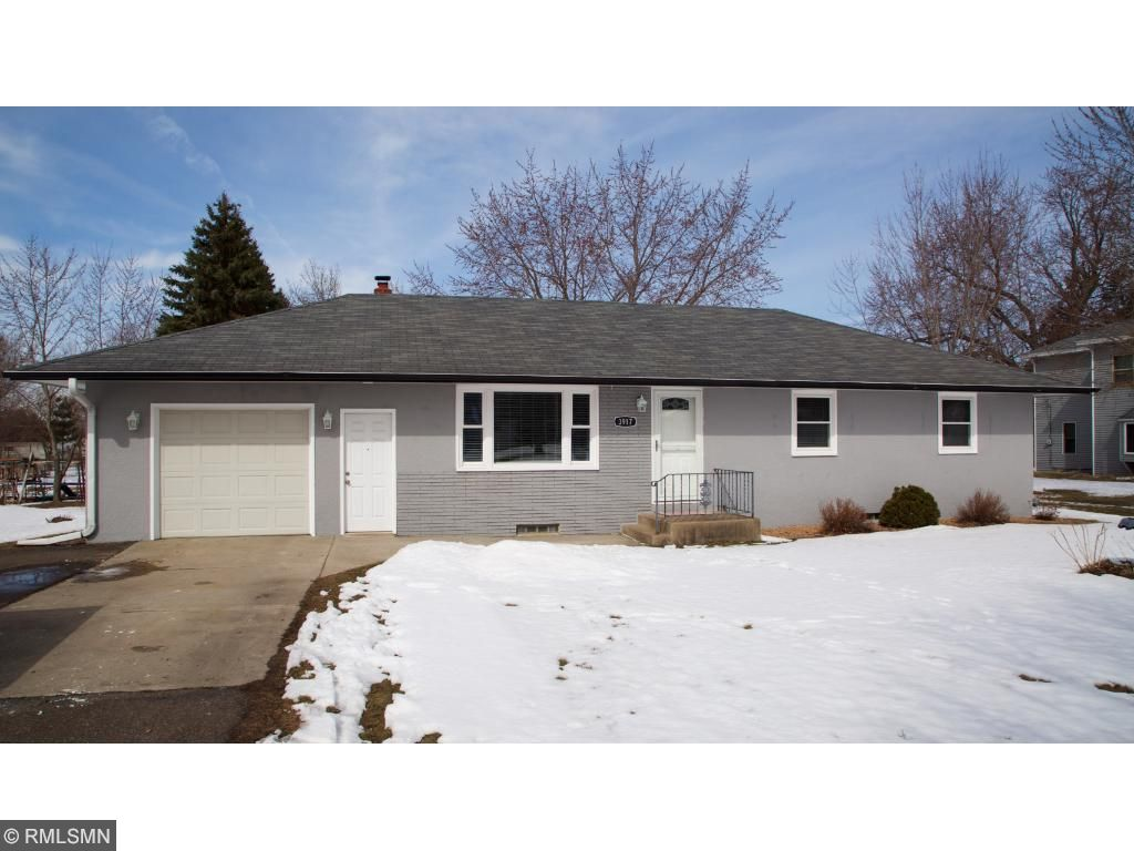 3917 8th Avenue Anoka, MN 55303