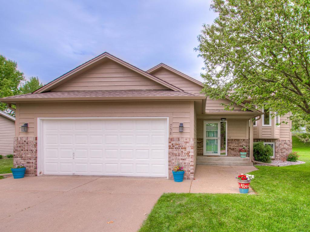 758 Liberty Heights Drive, Chaska in Carver County, MN 55318 Home for Sale