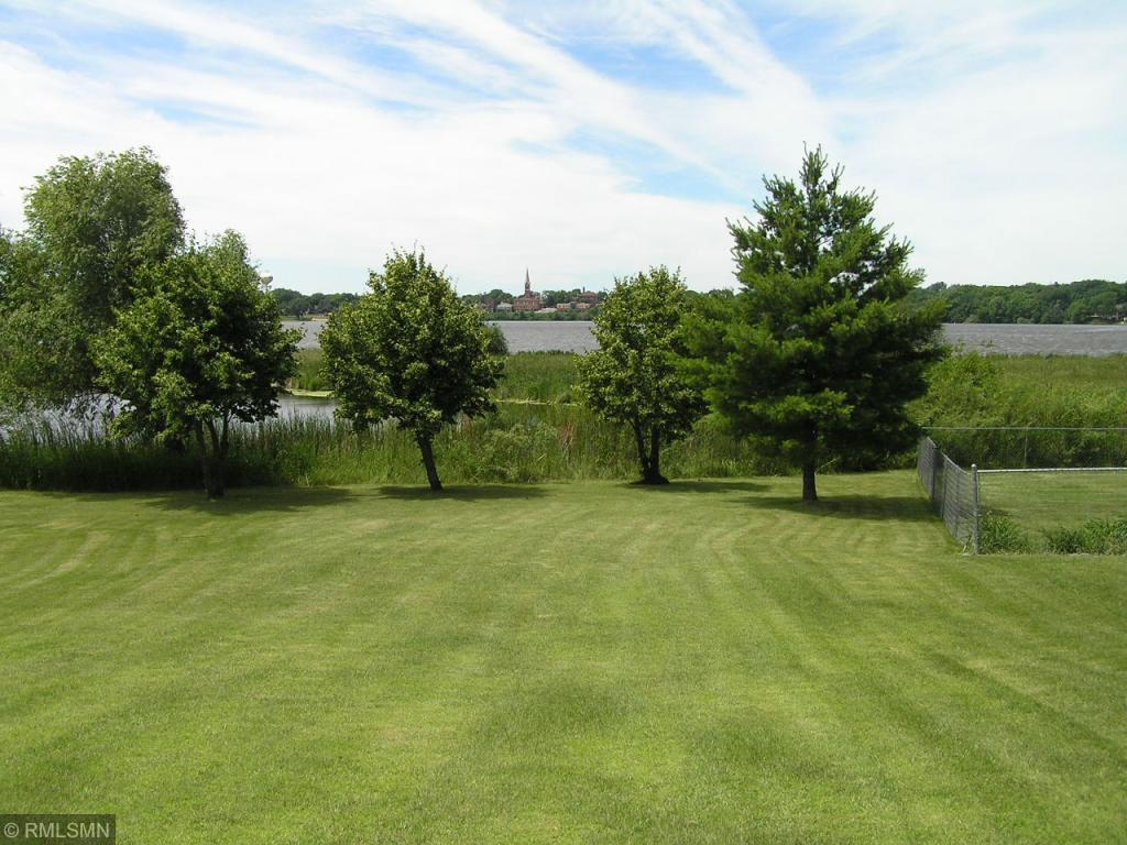 primary photo for 408 Lake Drive, Winsted, MN 55395, US