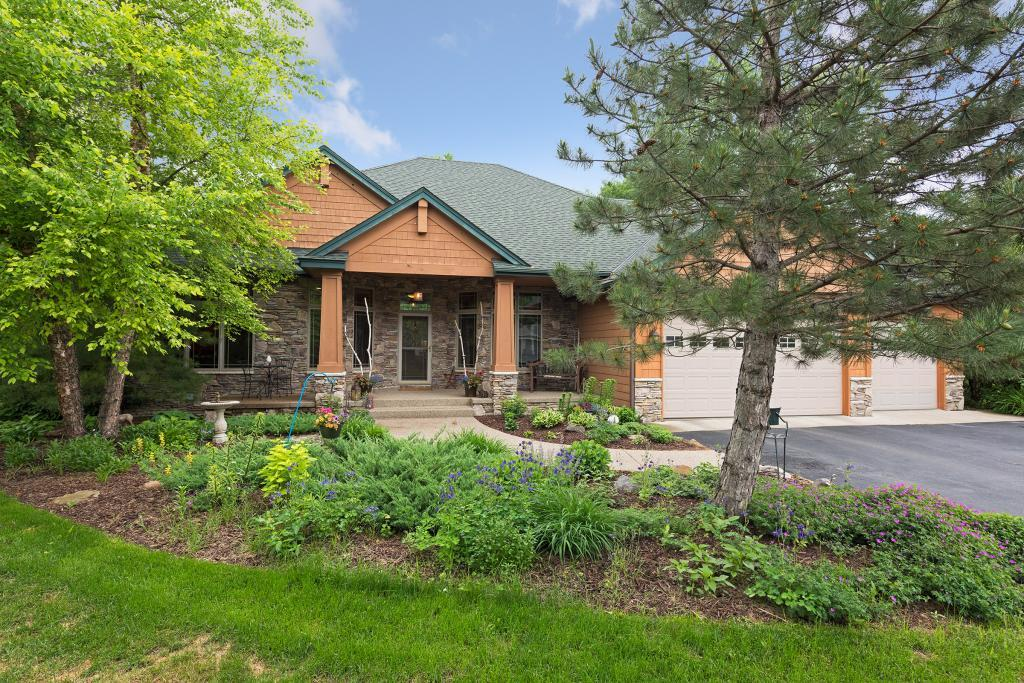 2390 Weston Ridge Court, Chaska, Minnesota