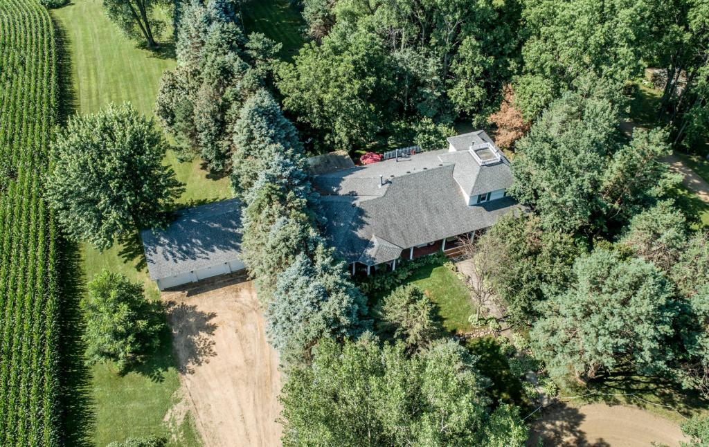 24797 Essex Avenue, Farmington, Minnesota
