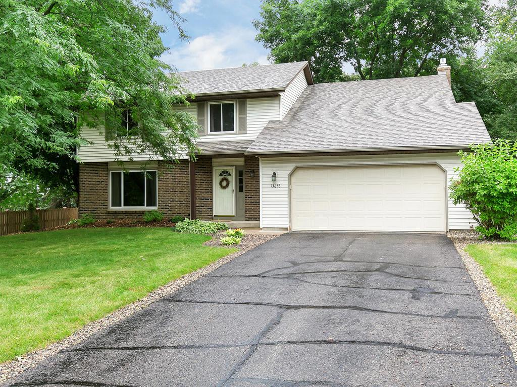 13653 Harmony Way, Apple Valley in Dakota County, MN 55124 Home for Sale