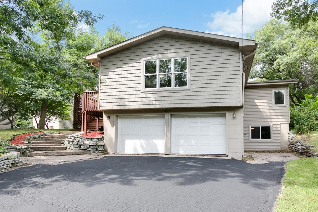 319 Savage Lane Little Canada, MN 55117