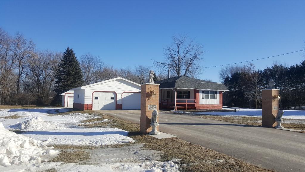 25150 Cedar Avenue, Farmington, Minnesota