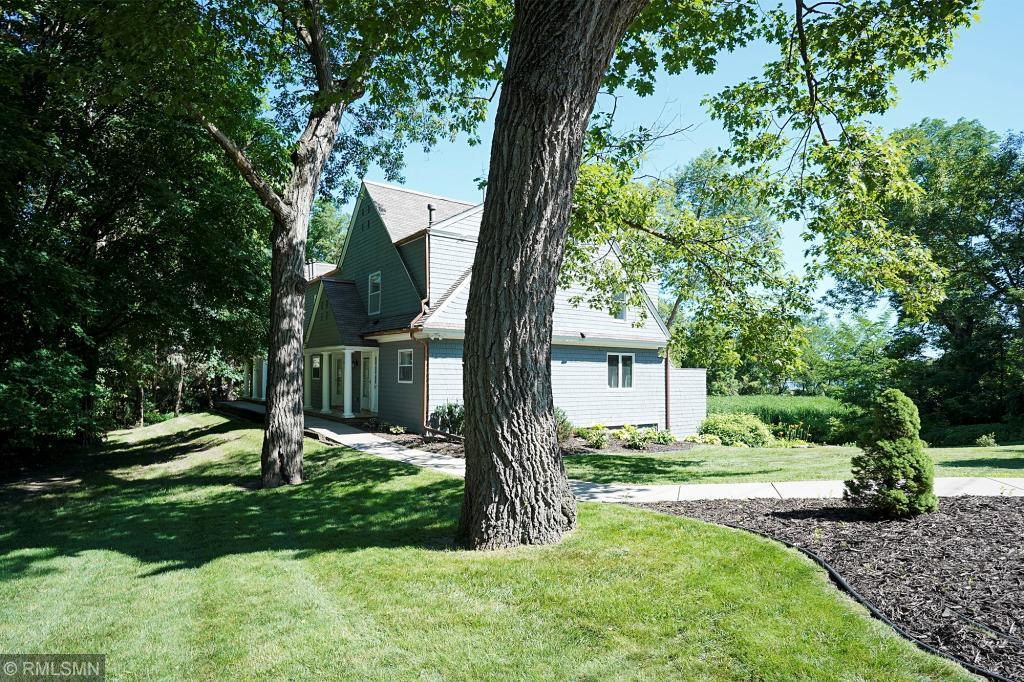 primary photo for 364 Central Avenue S, Wayzata, MN 55391, US