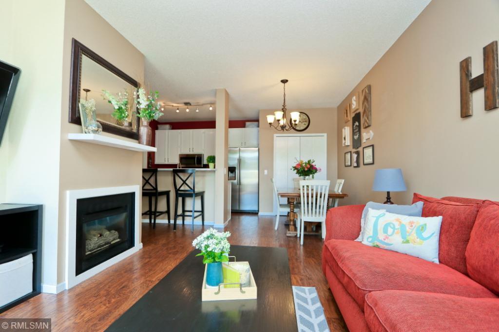 15518 Garnet Way 101, Apple Valley in Dakota County, MN 55124 Home for Sale