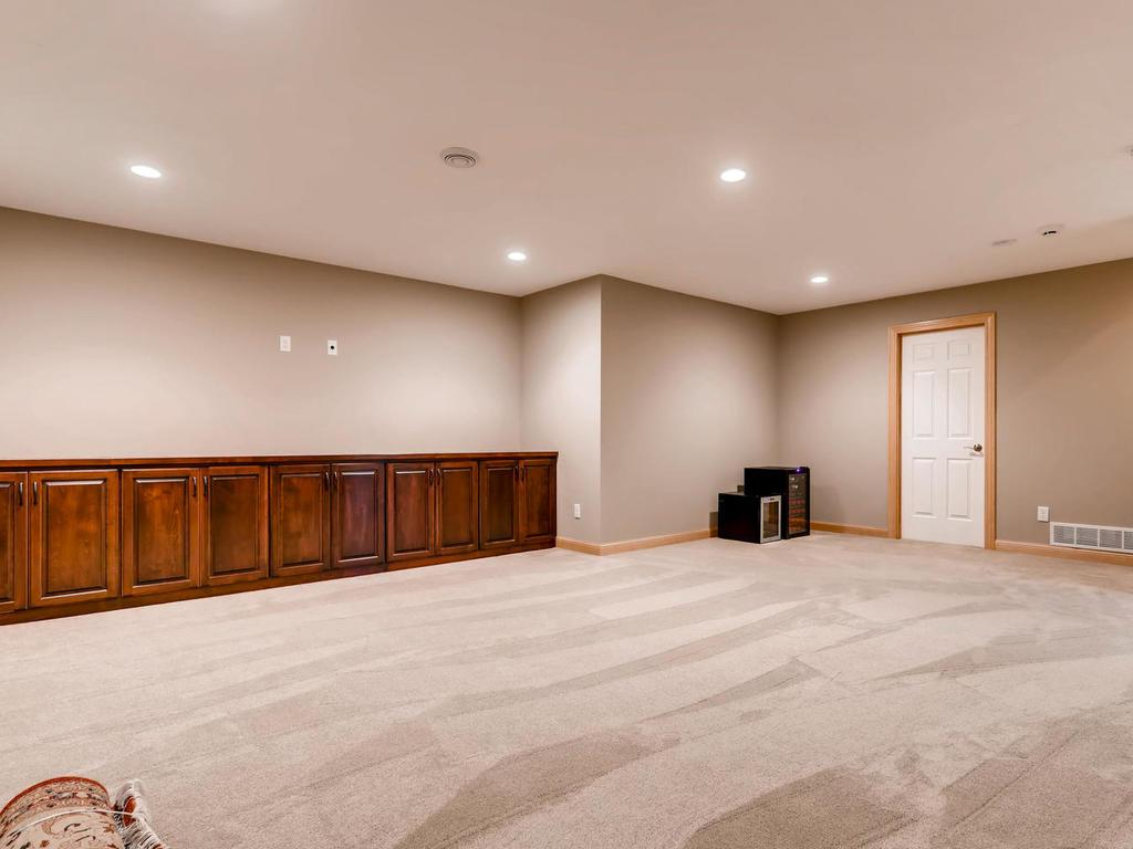 10692 Alison Way - photo 35