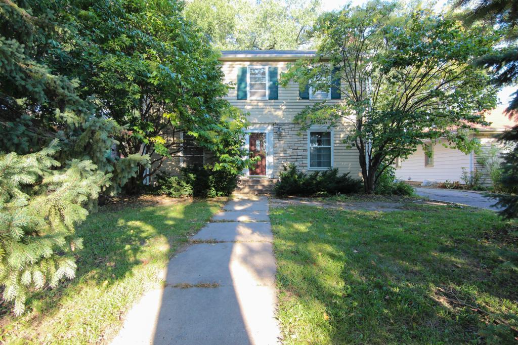 2915 Inglewood Avenue S, Linden Hills, Minnesota
