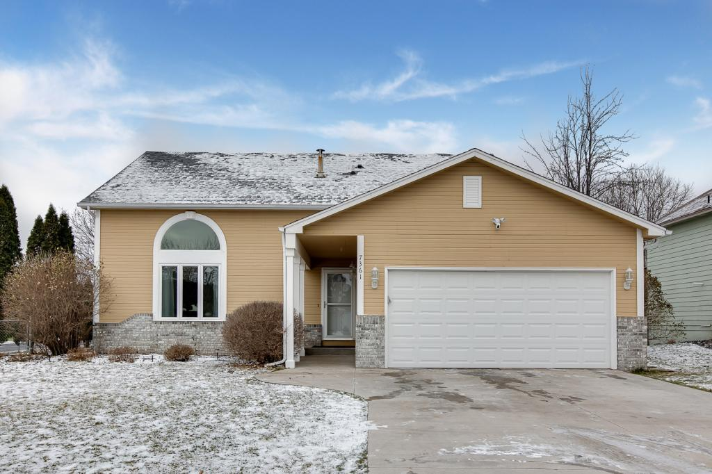 7361 158th Street W, Apple Valley in Dakota County, MN 55124 Home for Sale