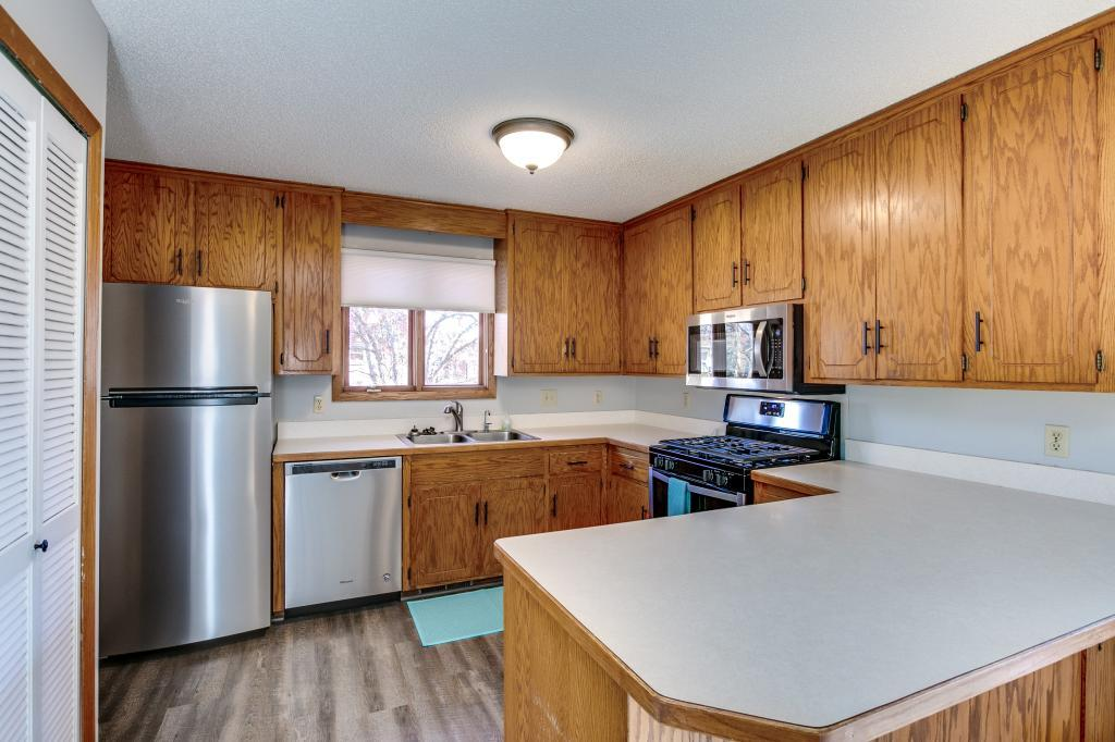 14712 Easter Avenue, Apple Valley in Dakota County, MN 55124 Home for Sale