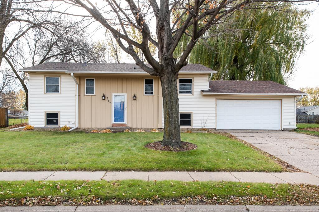 152 150th Street W, Apple Valley in Dakota County, MN 55124 Home for Sale