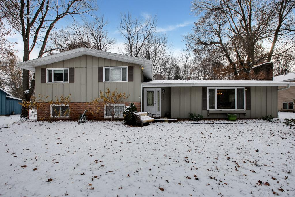 1075 Nelson Drive Shoreview, MN 55126