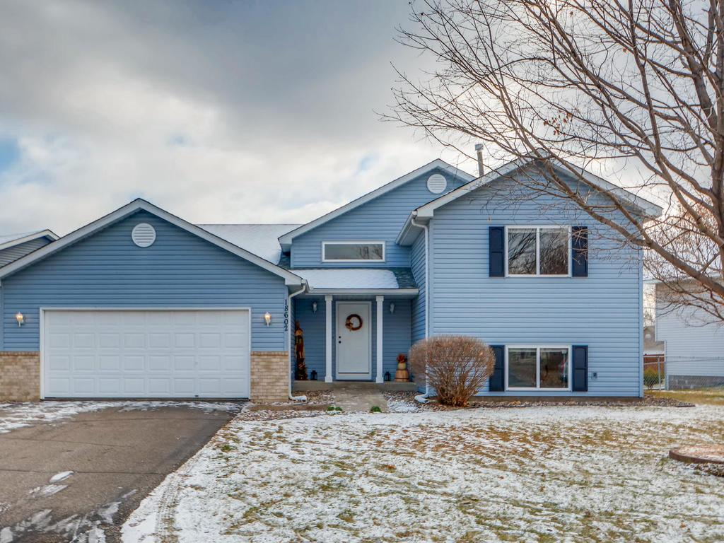 18602 Egret Way, Farmington, Minnesota