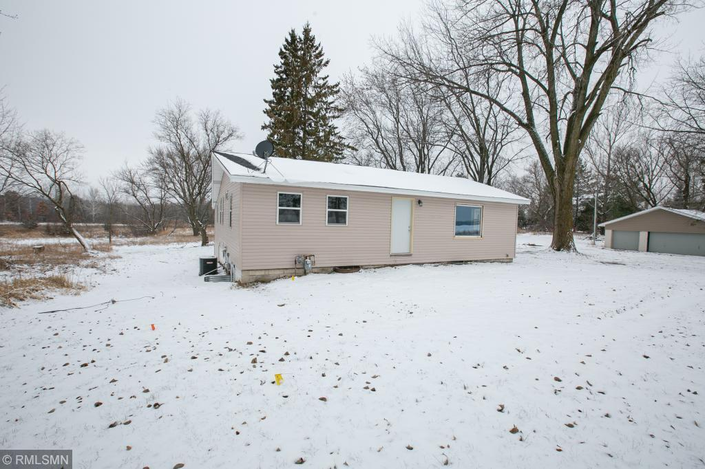 1814 181st Ave Nw Andover, MN 55304