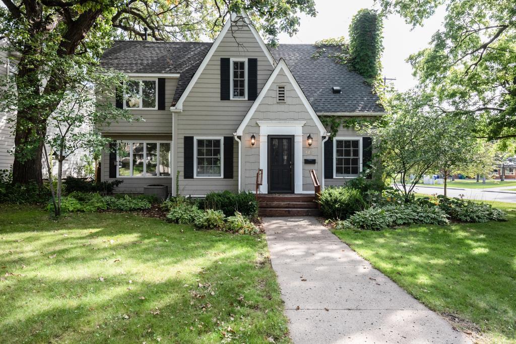 4261 Browndale Avenue, Linden Hills, Minnesota