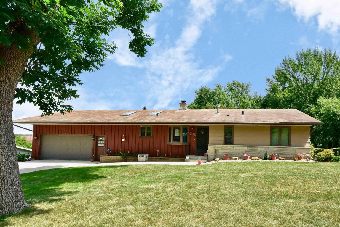 1596 Circle Drive Winona, MN 55987