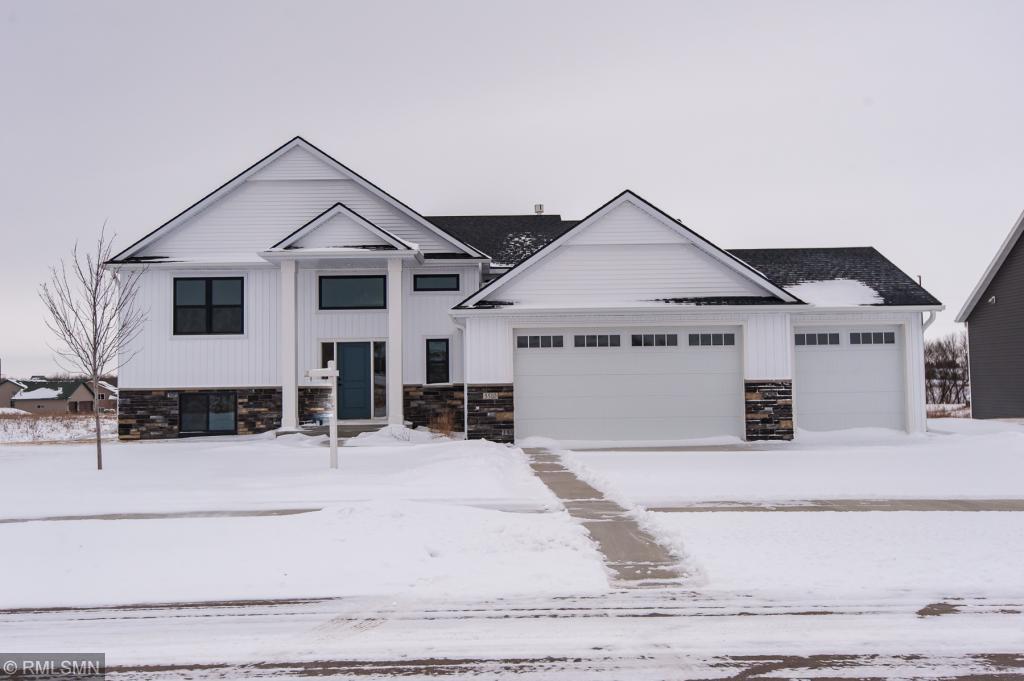5510 Ridgeview Drive NW, Rochester, Minnesota
