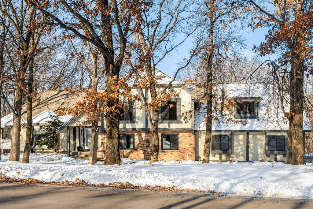 8485 133rd Street W, Apple Valley, Minnesota