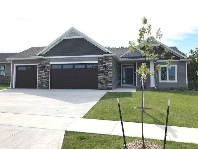 5460 Ridgeview Drive NW, Rochester, Minnesota