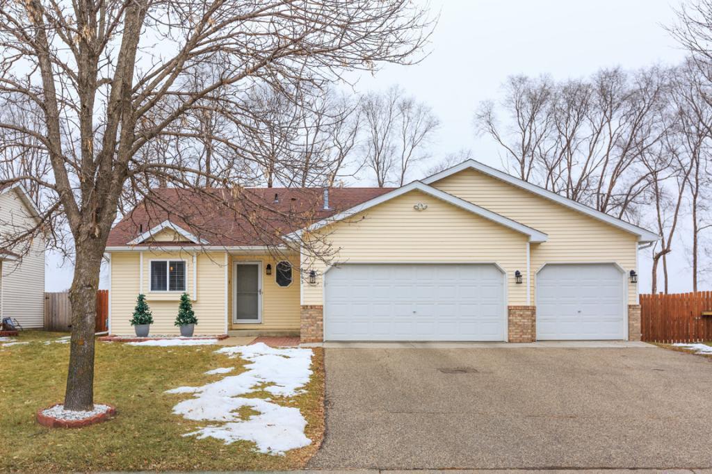 5693 180th Street W, Farmington, Minnesota