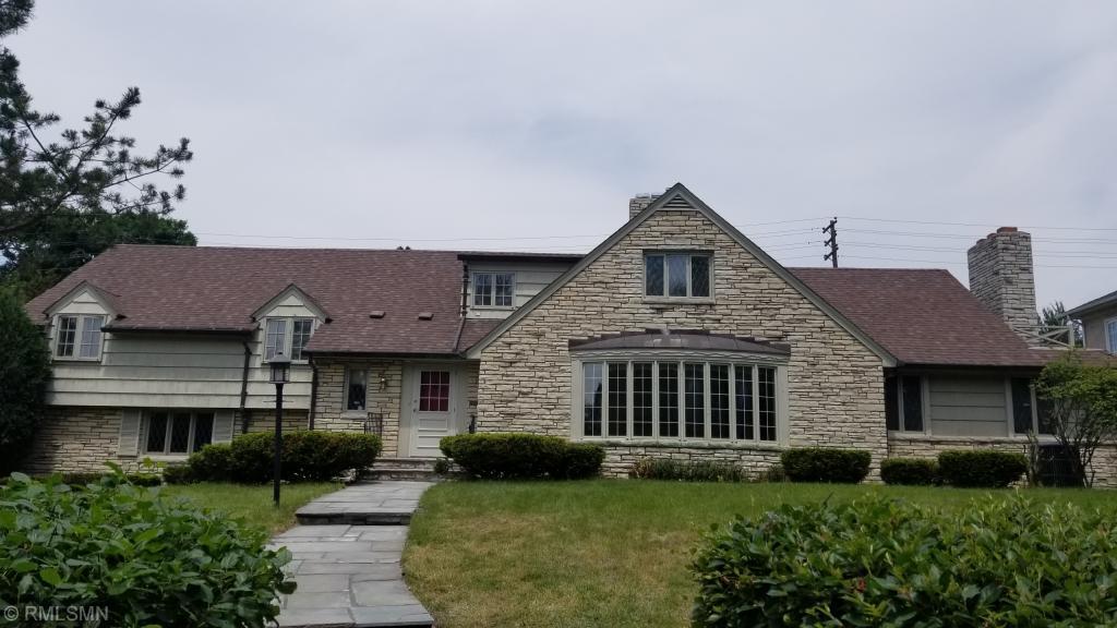 1749 Pinehurst Avenue Saint Paul, MN 55116