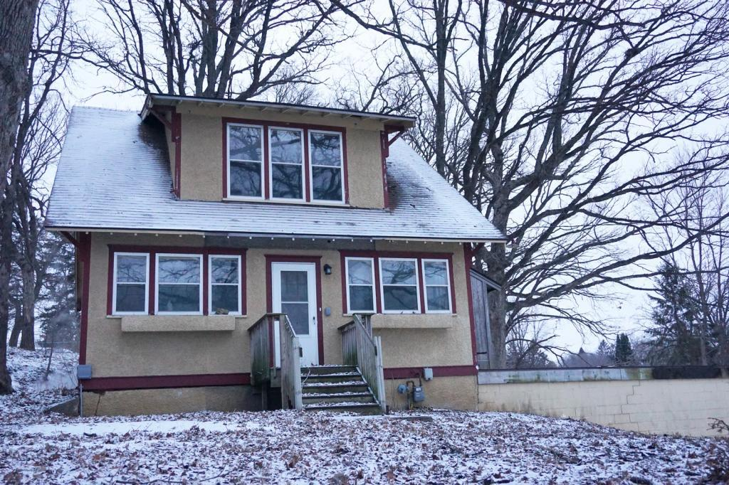 2705 Broadway Avenue S, Rochester in Olmsted County, MN 55904 Home for Sale