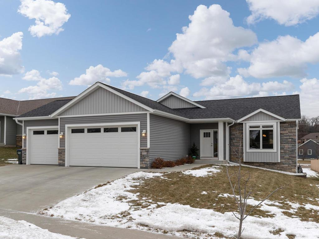 2571 Flagstone Lane NW, Rochester in Olmsted County, MN 55901 Home for Sale