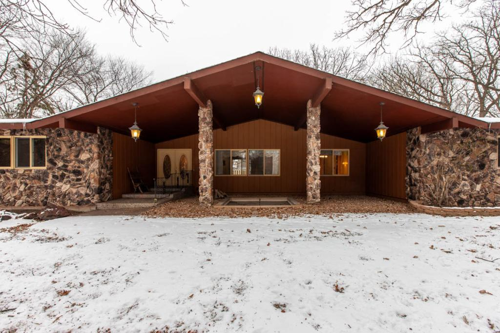 555 127th Avenue Nw Coon Rapids, MN 55448