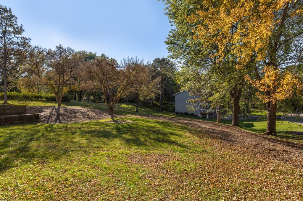 Xxx Stratford Road Mendota Heights, MN 55118