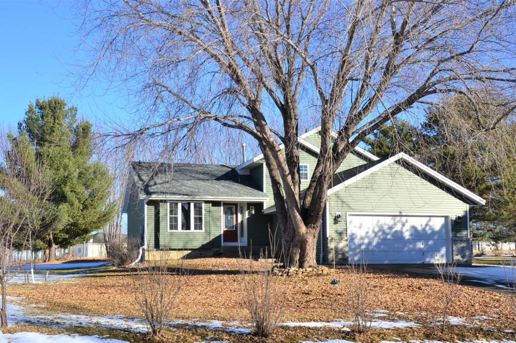 24235 E Cedar Lake Drive, New Prague, Minnesota