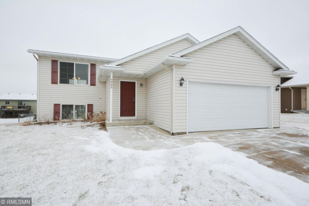 5905 Excalibur Court NW, Rochester in Olmsted County, MN 55901 Home for Sale