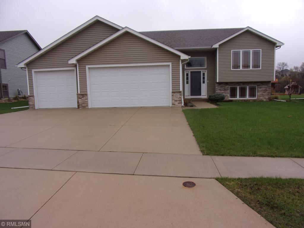 2667 Flagstone Lane NW, Rochester in Olmsted County, MN 55901 Home for Sale