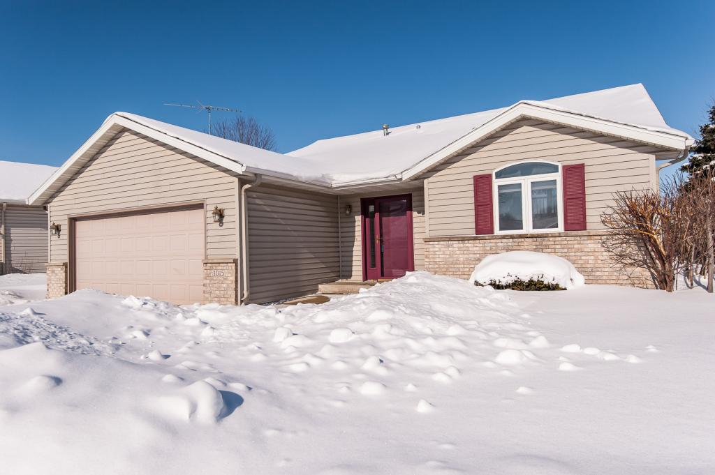 1015 34th Street NW, Rochester in Olmsted County, MN 55901 Home for Sale