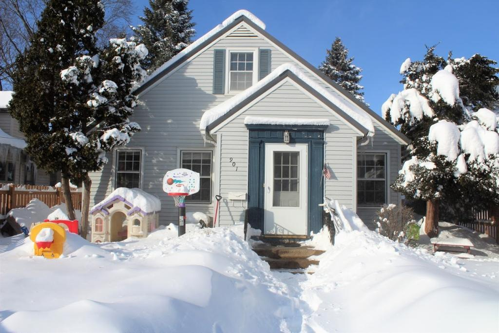 901 1st Street NW, Rochester in Olmsted County, MN 55901 Home for Sale